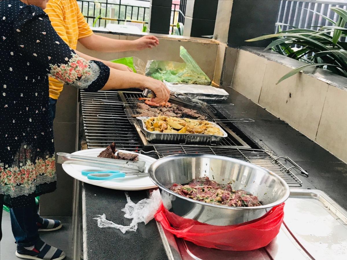 Dịch vụ tiệc BBQ tại nhà - chuẩn bị đồ nướng tại nhà ship tận nơi!