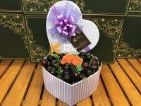 Quà 8/3 - Hộp quà Cherry trái tim và hoa hồng - FSNK217
