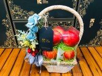 Quà tặng 20/10 cho vợ - giỏ táo đỏ - FSNK172