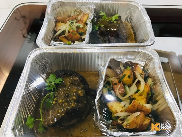 Bò sốt vang - thịt bò sốt vang khoai tây