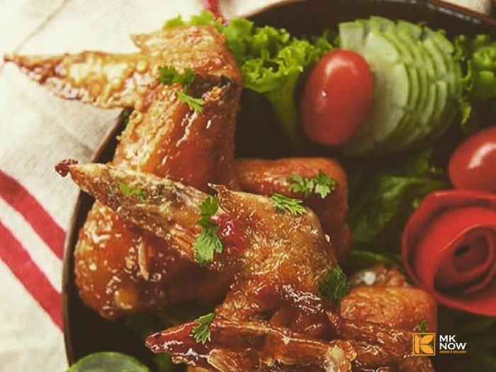 Cánh Gà Chiên Nước Mắm - Deep Fried Chicken Wing with Fish Sauce