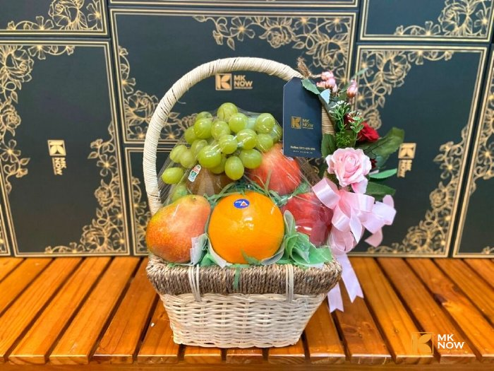 Giỏ trái cây quà tặng 20/10 cho nhân viên nữ - FSNK194