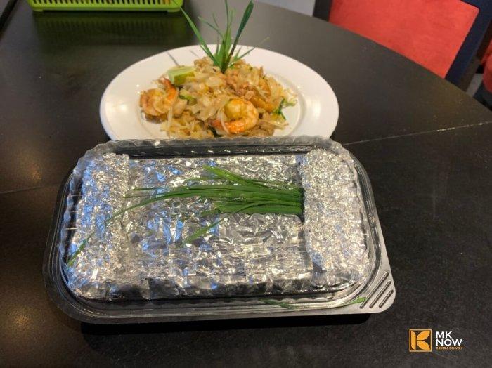Pad Thái tôm thịt - Hủ tiếu xào kiểu Thái sốt không cay MKnow