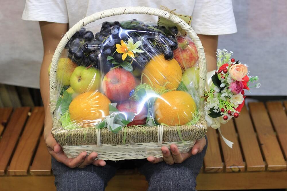 Điện giỏ trái cây thời công nghệ - đặt giỏ quà tặng trái cây MKNow nhanh dễ dàng, giao hàng tận nơi TPHCM