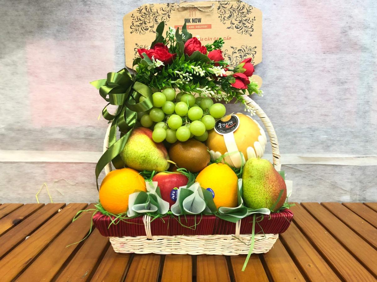 Rộn ràng đón Tết Canh tý 2020 cùng giỏ quà Tết trái cây nhập khẩu từ Ẩm thực MKnow - món quà tặng Tết giàu ý nghĩa và sức khỏe cho yêu thương đong đầy