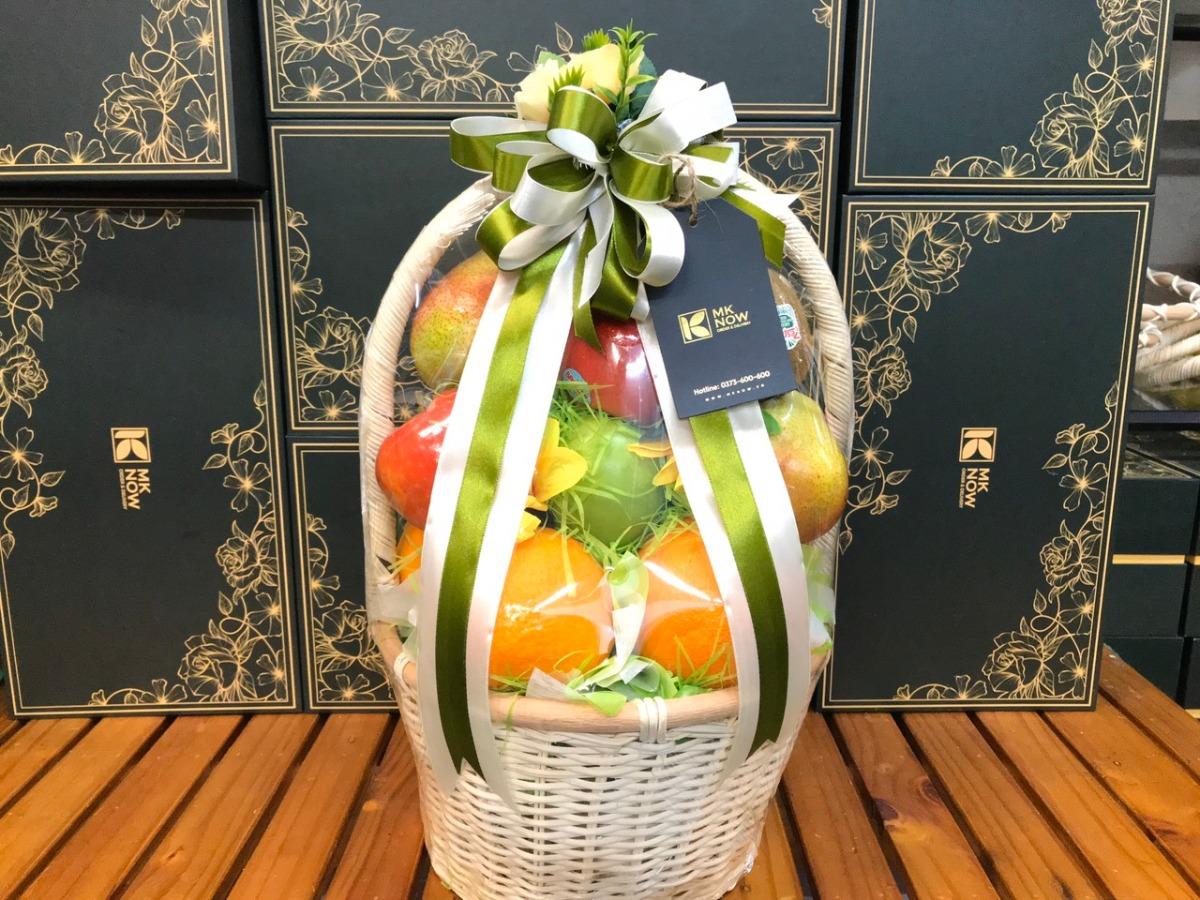 Giỏ trái cây quà tặng thầy cô dịp lễ tốt nghiệp - FSNK169