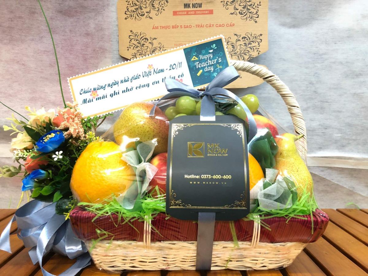 Giỏ trái cây tặng 20/11 - FSNK111