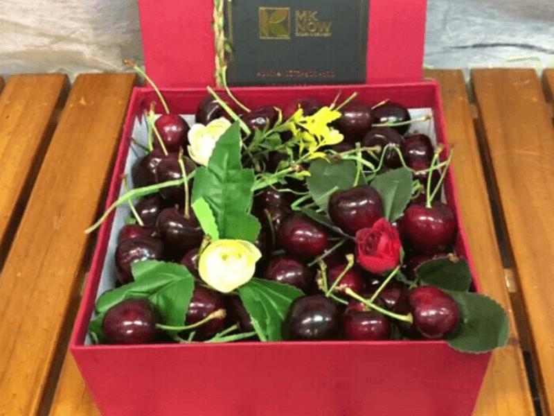 Hộp quà Cherry hình vuông - FSNK123