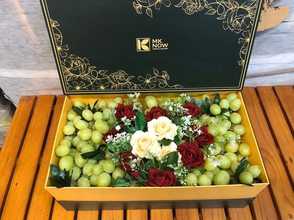 Hộp trái cây cao cấp tặng người yêu - FSNK130